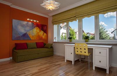 la combinacin de visillo y cortina para tamizar la luz en salones y grandes es ms clsica mientras que en los ambientes ms modernos y