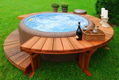 el agua del spa necesita un igual que en la piscina se debe a controlar el nivel de ph para comprobar la alcalinidad y acidez del agua