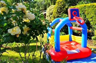 Juegos jardin nios juegos de agua para el jardn ms for Casitas infantiles jardin carrefour