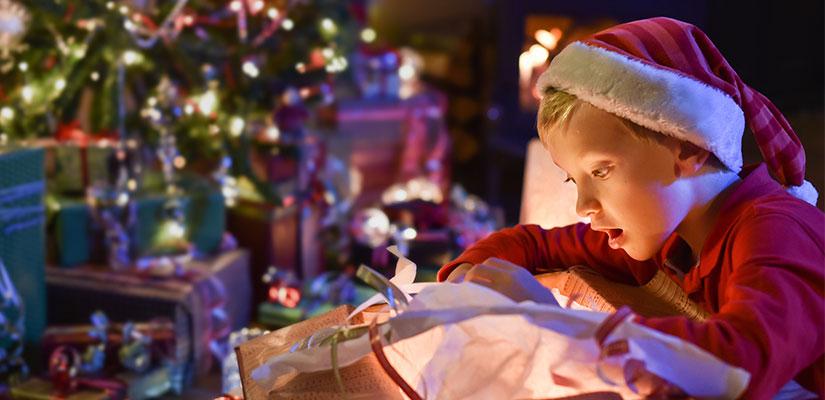 Los v deos m s virales de ni os abriendo regalos - Regalos navidad padres ...